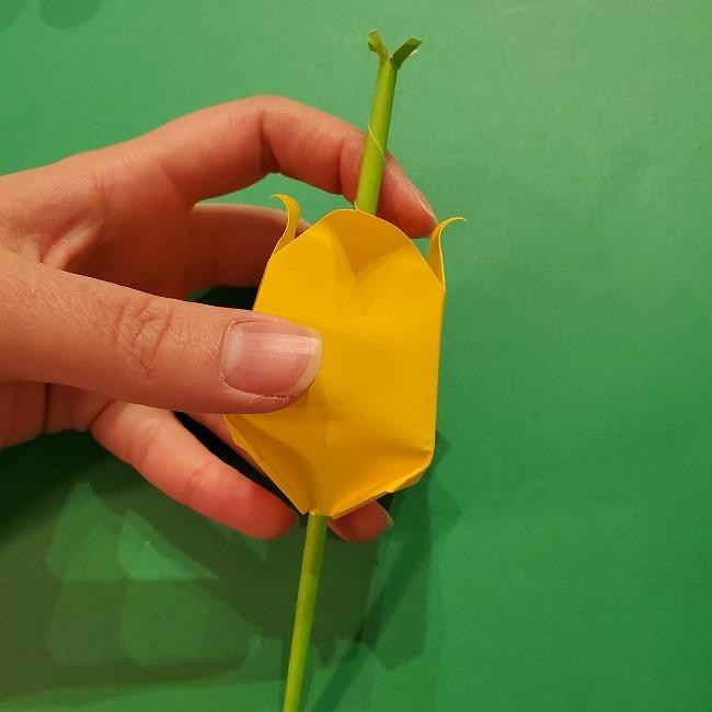 チューリップの折り紙 4歳児とつくった茎・葉(立体)の作り方 (17)