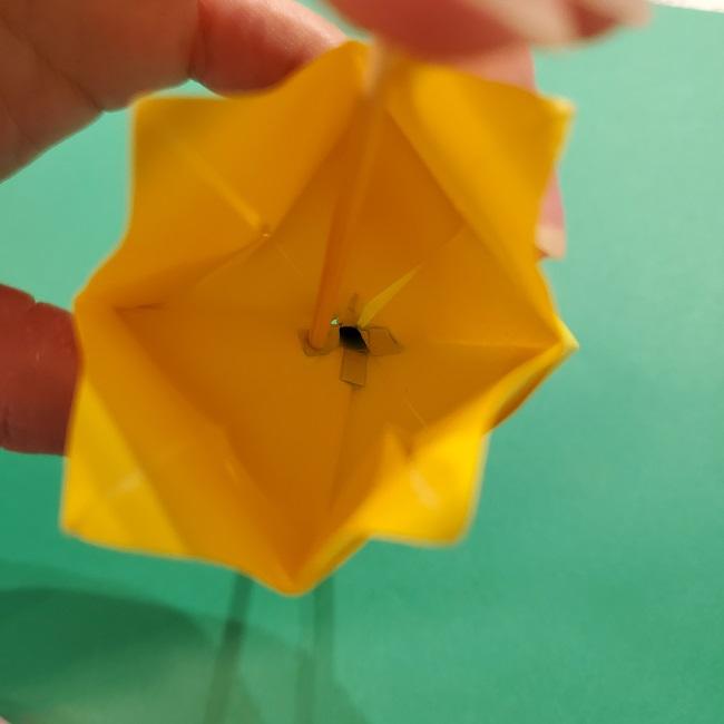 チューリップの折り紙 4歳児とつくった茎・葉(立体)の作り方 (20)
