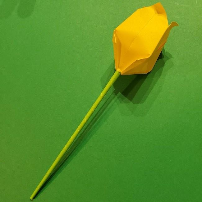 チューリップの折り紙 4歳児とつくった茎・葉(立体)の作り方 (21)