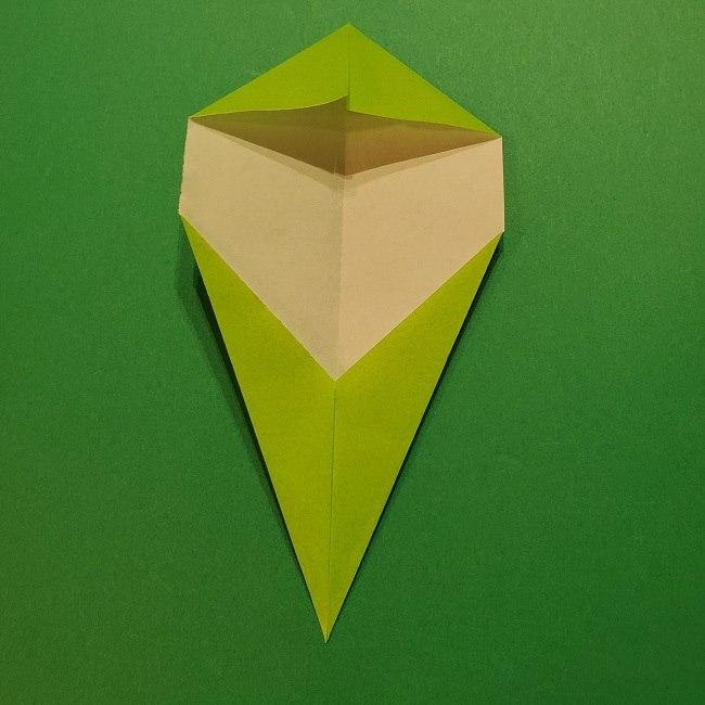 チューリップの折り紙 4歳児とつくった茎・葉(立体)の作り方 (26)