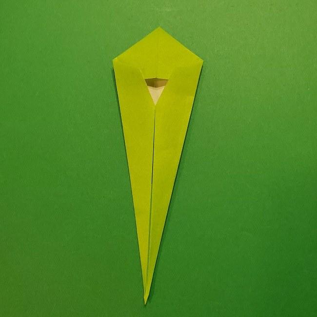 チューリップの折り紙 4歳児とつくった茎・葉(立体)の作り方 (27)