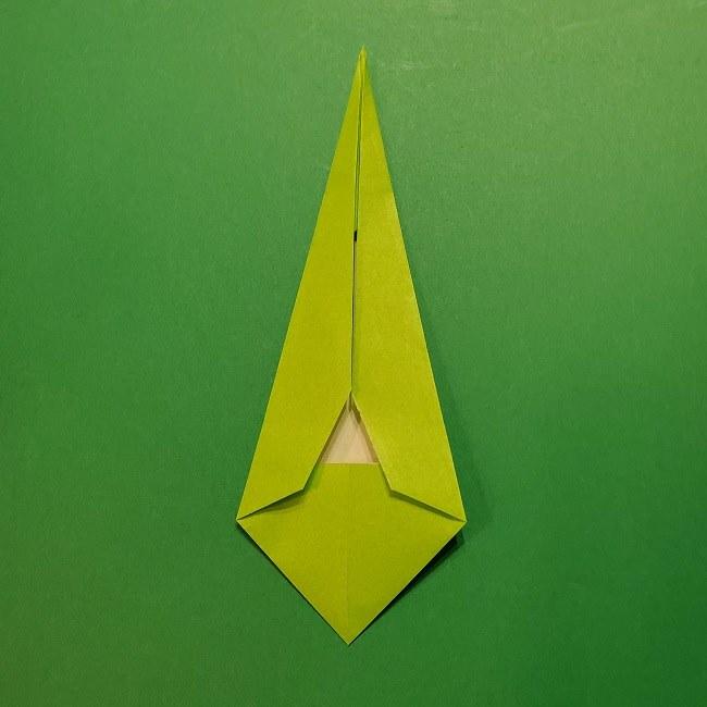 チューリップの折り紙 4歳児とつくった茎・葉(立体)の作り方 (28)