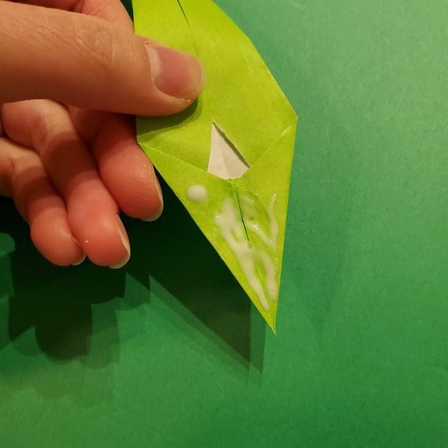 チューリップの折り紙 4歳児とつくった茎・葉(立体)の作り方 (33)