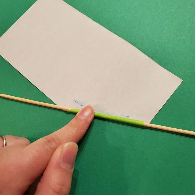チューリップの折り紙 4歳児とつくった茎・葉(立体)の作り方 (6)