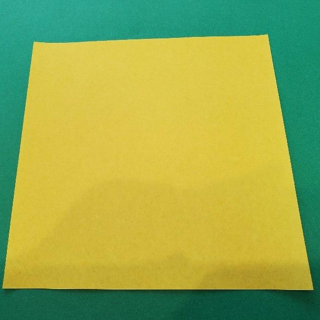 ニャトランの折り紙*用意するもの (1)