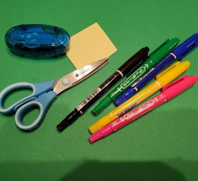 ペギタンの折り紙*用意するもの (2)