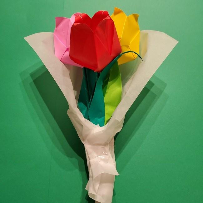 折り紙でチューリップをラッピングする方法★ (18)