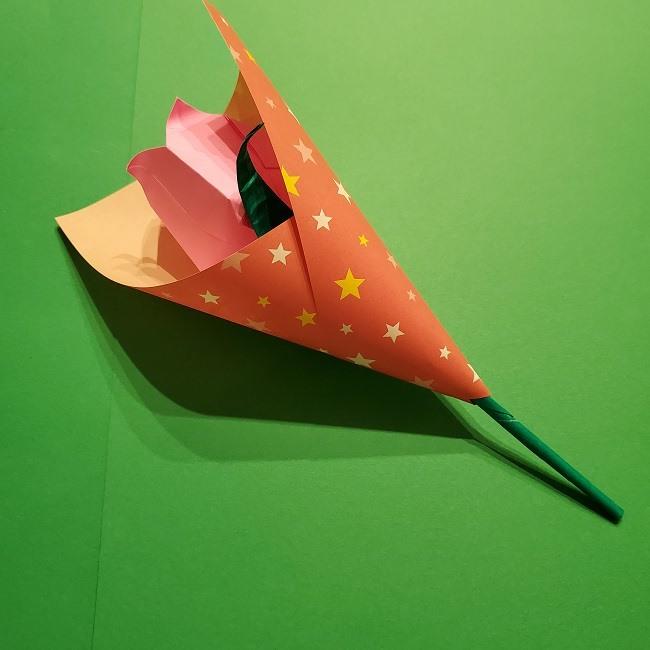 折り紙でチューリップをラッピングする方法★ (2)