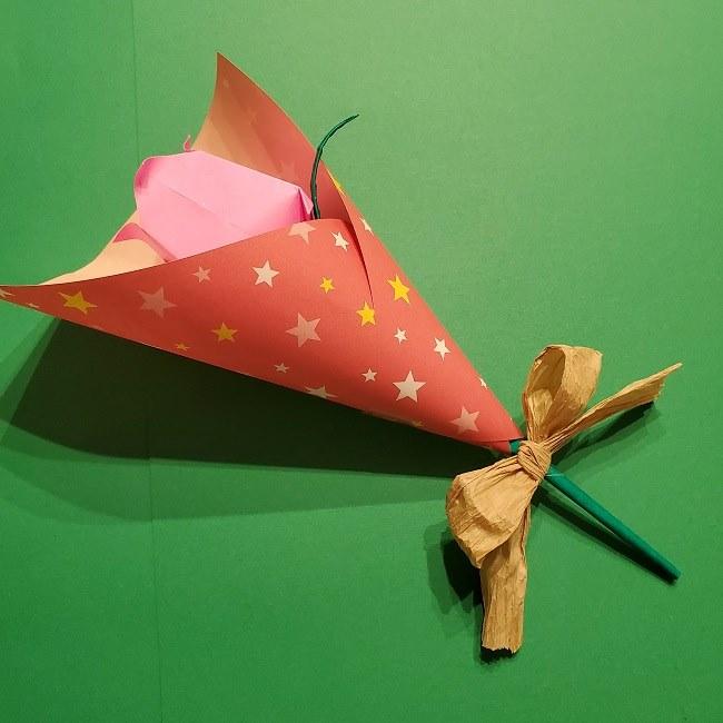 折り紙でチューリップをラッピングする方法★ (4)
