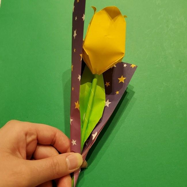 折り紙でチューリップをラッピングする方法★ (7)
