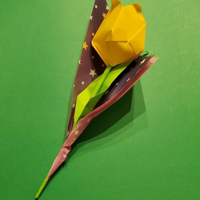 折り紙でチューリップをラッピングする方法★ (8)