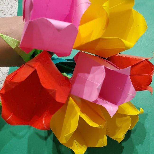 折り紙の花束(子供にも!)立体的なチューリップブーケの作り方 (16)