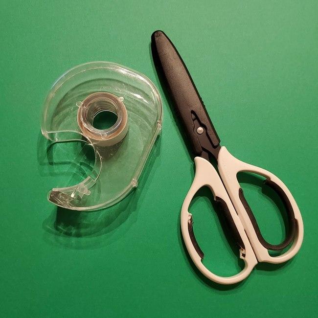 折り紙(チューリップのラッピング)*用意するもの (3)