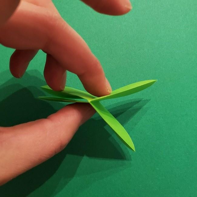 折り紙花リースの土台の作り方【葉っぱの壁飾り】 (11)