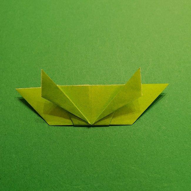 折り紙花リースの土台の作り方【葉っぱの壁飾り】 (19)