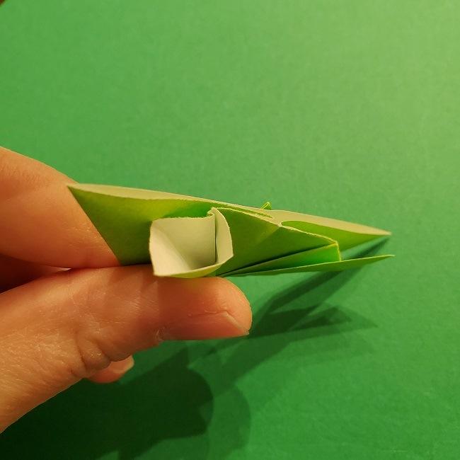 折り紙花リースの土台の作り方【葉っぱの壁飾り】 (20)