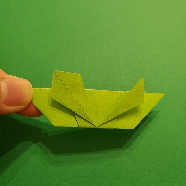 折り紙花リースの土台の作り方【葉っぱの壁飾り】 (21)