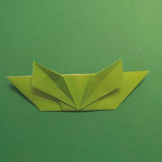 折り紙花リースの土台の作り方【葉っぱの壁飾り】 (25)