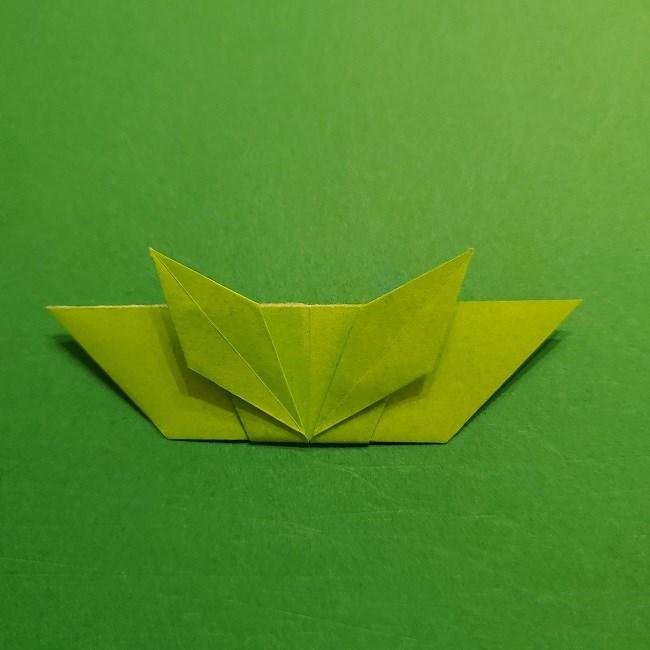 折り紙花リースの土台の作り方【葉っぱの壁飾り】 (28)