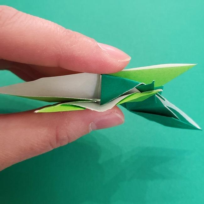 折り紙花リースの土台の作り方【葉っぱの壁飾り】 (33)