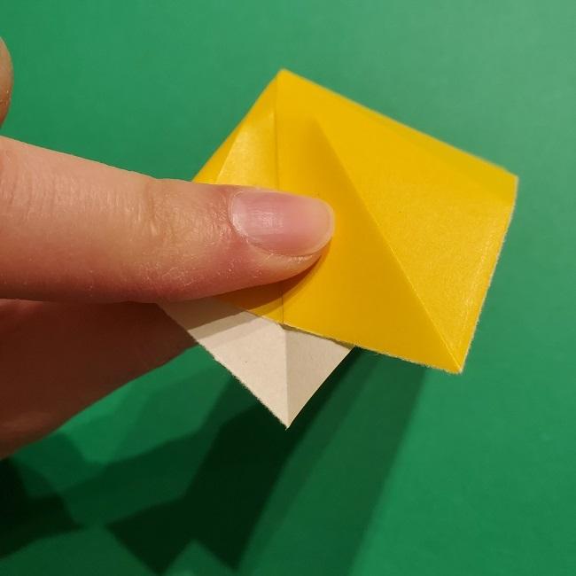 折り紙 チューリップのリースの作り方 (12)