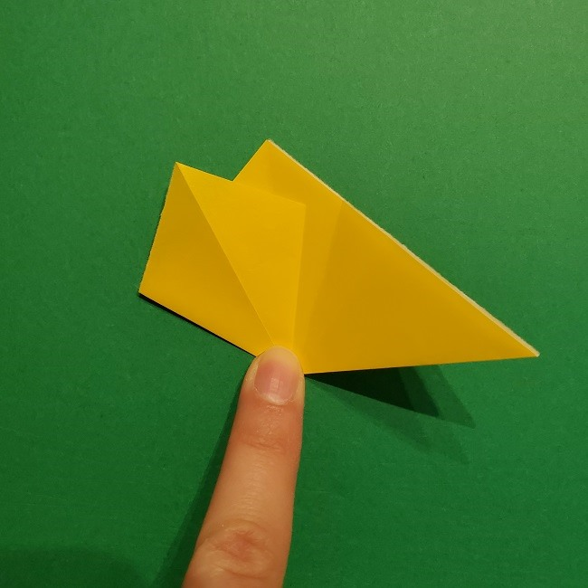 折り紙 チューリップのリースの作り方 (13)