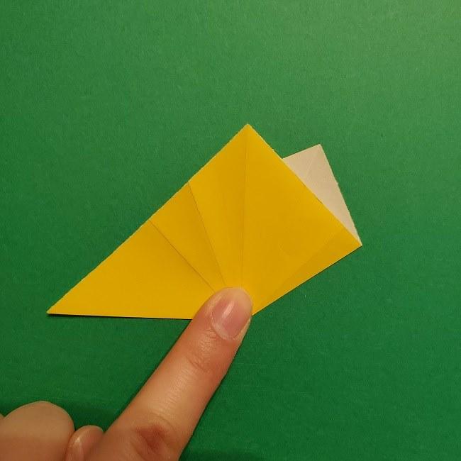 折り紙 チューリップのリースの作り方 (14)