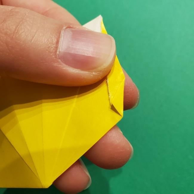 折り紙 チューリップのリースの作り方 (16)