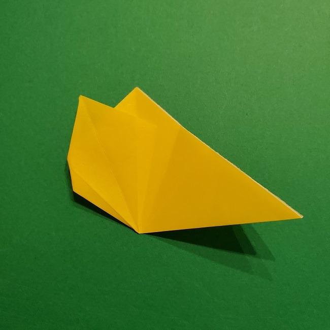折り紙 チューリップのリースの作り方 (17)
