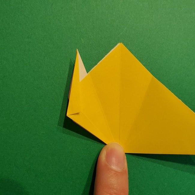 折り紙 チューリップのリースの作り方 (19)