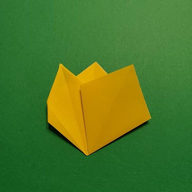 折り紙 チューリップのリースの作り方 (21)