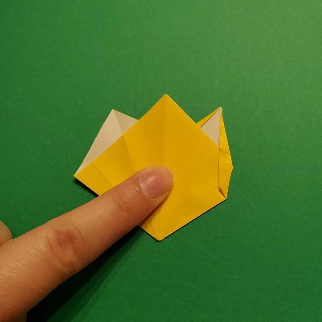 折り紙 チューリップのリースの作り方 (22)