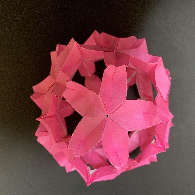 桜の折り紙★立体的なくす玉の折り方作り方★簡単かわいい春のつるし飾り♪
