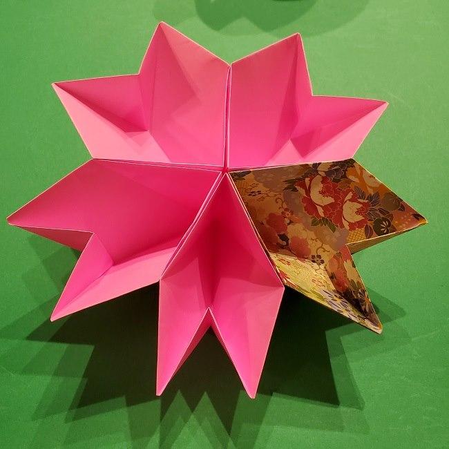桜の折り紙「器(小物入れ)」の簡単な折り方★立体的な作り方で綺麗なさくらの形の装飾を手作り♪