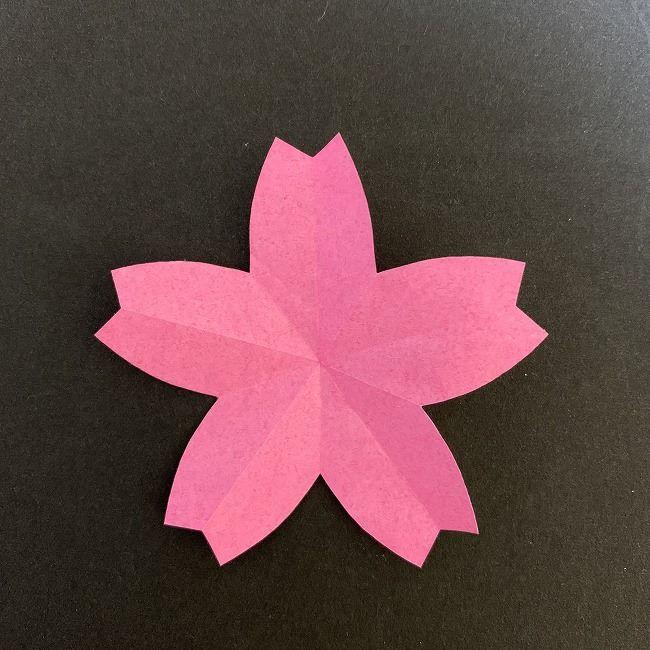 桜の装飾・折り紙ガーランドの作り方(1)