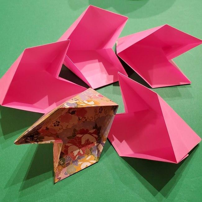 桜の折り紙 器(小物入れ)の折り方作り方 (29)