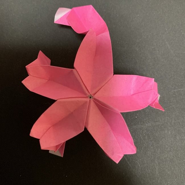 桜の折り紙 立体的なくす玉*折り方作り方 (40)