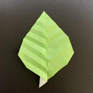 桜の葉の折り紙 簡単な折り方作り方★花に添えてさらに華やかに♪