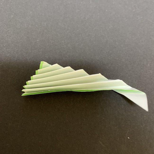 桜の葉の折り紙 簡単な折り方作り方 (5)