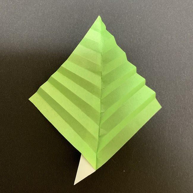 桜の葉の折り紙 簡単な折り方作り方 (7)
