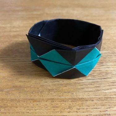 鬼滅の刃 折り紙ブレスレットの折り方・作り方は簡単♪炭治郎や禰豆子(ねずこ)のカラーでかわいい!