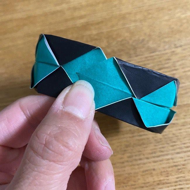 鬼滅の刃 折り紙ブレスレットの折り方・作り方 (28)