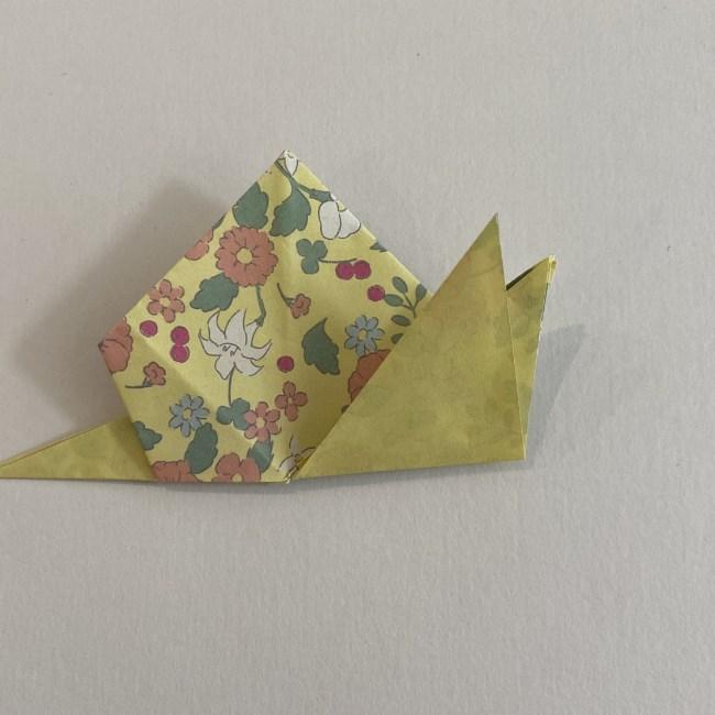 カタツムリの折り紙は保育園の製作にも!折り方作り方 (23)
