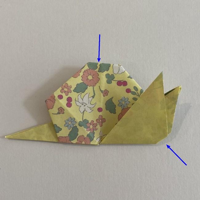 カタツムリの折り紙は保育園の製作にも!折り方作り方 (24)
