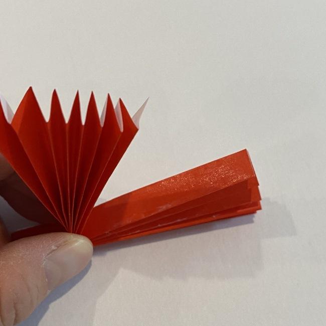 カーネーションの折り紙 幼稚園の子どもでも簡単!折り方作り方 (11)