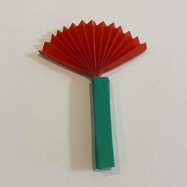 カーネーションの折り紙 幼稚園の子どもでも簡単!折り方作り方 (16)