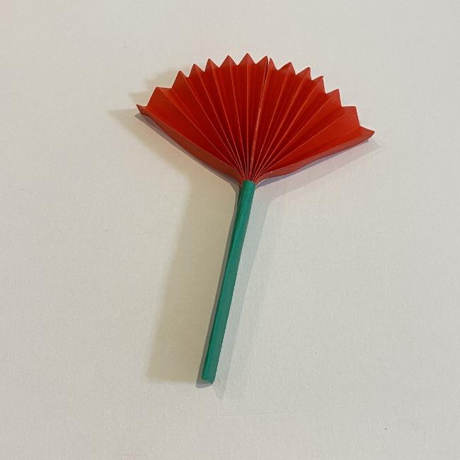 カーネーションの折り紙 幼稚園の子どもでも簡単!折り方作り方 (18)