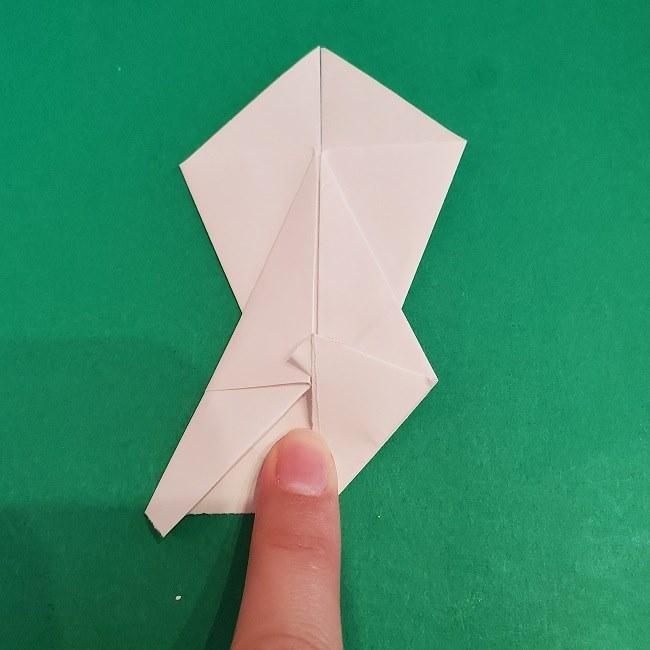 セーラームーンの折り紙の折り方作り方☆ドレス (17)