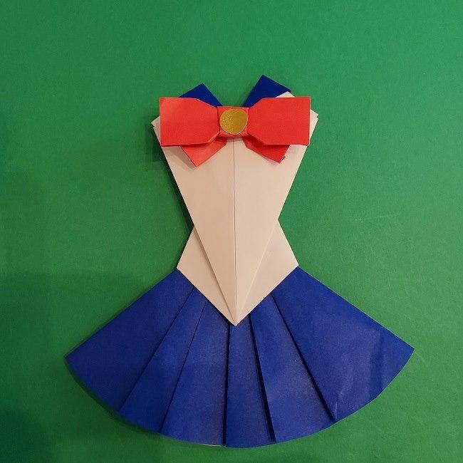 セーラームーンの折り紙の折り方作り方☆ドレス (57)