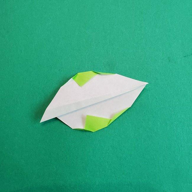 トトロの葉っぱの折り紙 (7)